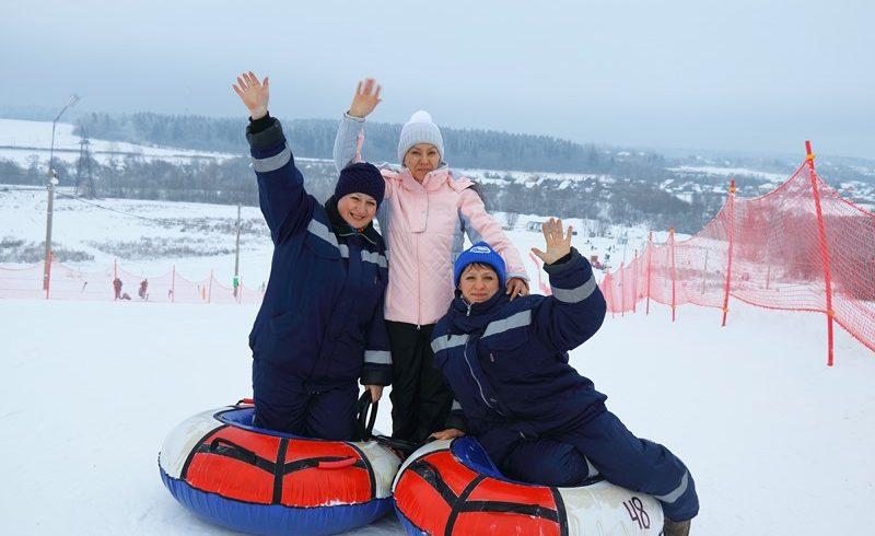 Открыт новый зимний сезон в Тюбинг-Парке Елагино!